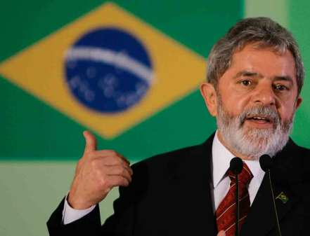 http://beinbetter.files.wordpress.com/2010/10/402_presidente-lula_ricardo-stu.jpg?w=441&h=337